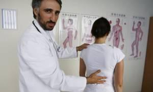 Боли в позвоночнике к какому врачу обратиться