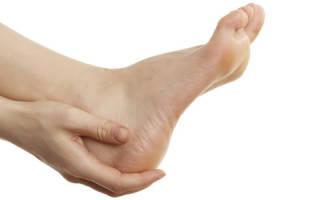 Опух сустав на ноге что делать